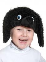 Пудель чёрный шапочка